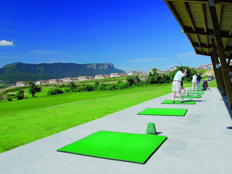 Barcelo Jaca Golf & Spa golf