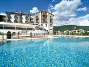 Barcelo Jaca Golf & Spa Pool
